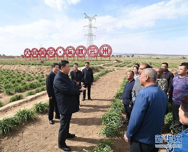 习近平:全面建成小康社会 乘势而上书写新时代中国特色社会主义新篇章